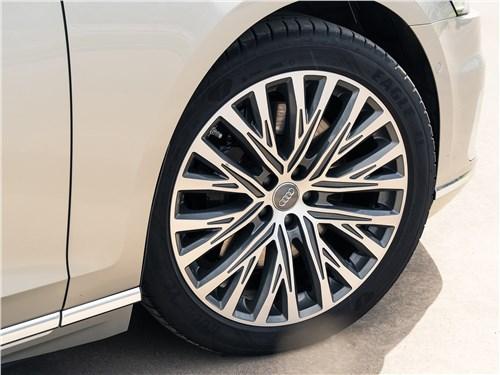 Audi A8 L 55 TFSI quattro 2018 колесо