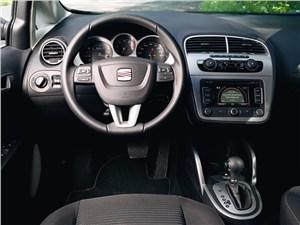 Предпросмотр seat altea freetrack 2008 водительское место