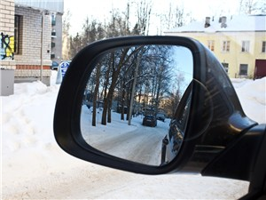 Volkswagen Amarok 2010 боковое зеркало