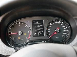 Предпросмотр volkswagen amarok single cab 2012 приборная панель