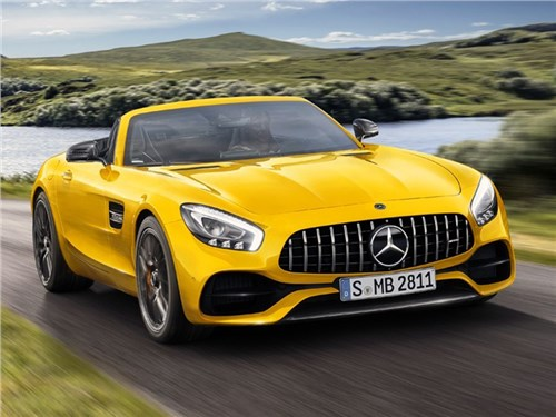Новость про Mercedes-Benz AMG GT - Mercedes-AMG GT S Roadster
