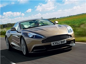 Aston Martin Vanquish 2013 вид спереди