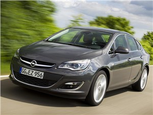 Новый Opel Astra - Opel Meriva 2014 вид спереди