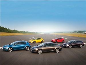 Opel Astra 2013 общий вид