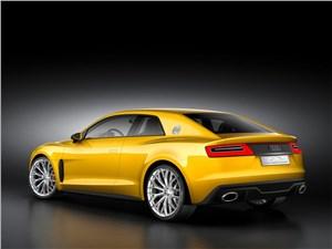 Предпросмотр audi sport quattro concept 2013 вид сзади