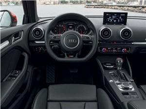 Audi A3 - Audi A3 Sportback 2012 водительское место