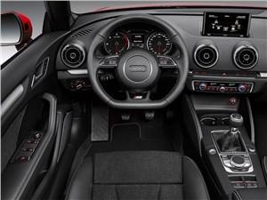 Предпросмотр audi a3 cabriolet 2013 водительское место
