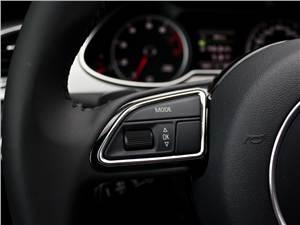 Audi A4 2012 управление «музыкой»
