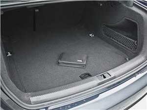 Audi A4 2012 багажное отделение