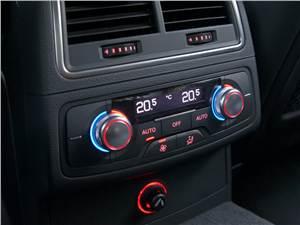 Audi A6 Hybrid 2012 климат-контроль