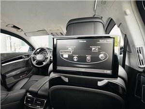 Audi A8 L Security 2013 10,8-дюймовый ЖК-монитор