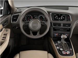 Audi Q5 - Audi Q5 2013 водительское место