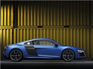 Audi R8 - Audi R8 2013 вид сбоку