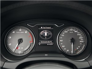 Audi S3 2013 приборная панель
