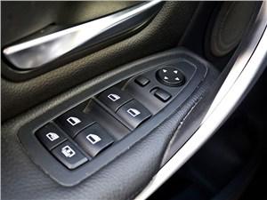 BMW 335i 2012 кнопки управления стеклоподъемниками