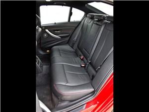 BMW 335i 2012 задние сидения