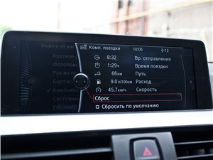 BMW 335i 2012 экран системы iDrive