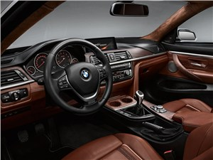 BMW 4 series - BMW 4-Series 2013 водительское место