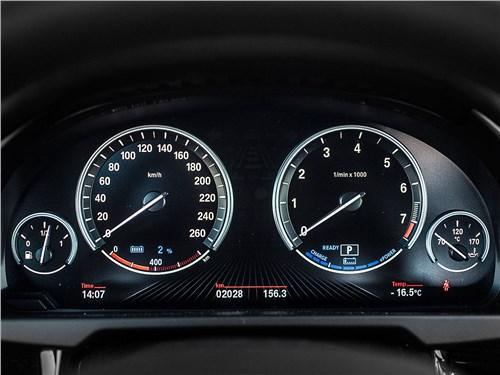 Предпросмотр bmw x5 xdrive40e 2016 приборная панель