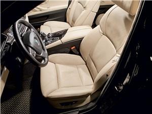BMW 535i xDrive 2013 передние кресла