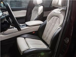 Предпросмотр bmw x6 2015 передние кресла