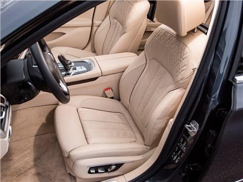 BMW 7-Series 2016 передние кресла
