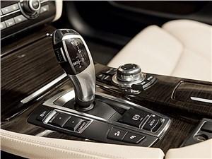 BMW 535i xDrive 2013 8АКПП