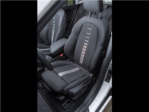 Предпросмотр bmw x1 xdrive 2016 передние кресла
