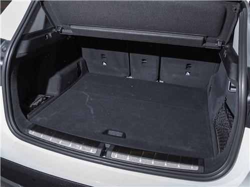 Предпросмотр bmw x1 xdrive 2016 багажное отделение
