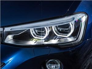 BMW X4 2014 передняя фара