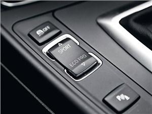 Предпросмотр bmw m 135i xdrive 2013 переключение режимов