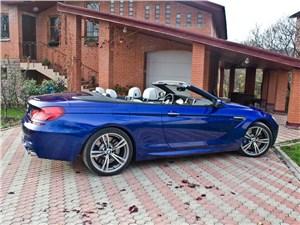 BMW M6 Cabrio 2012 вид сбоку