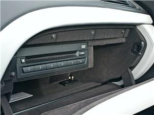 BMW M6 Cabrio 2012 DVD-плеер