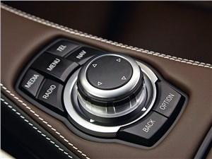 BMW M6 Gran Coupe 2013 управление аудиосистемой