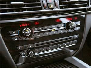 BMW X5 M50d 2013 центральная консоль