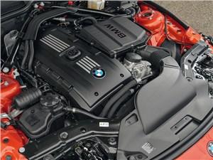 Предпросмотр bmw z4 2013 двигатель