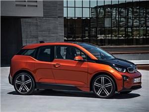 BMW i3 2014 вид сбоку