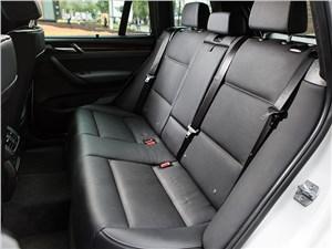 BMW X3 xDrive 20d 2015 задний диван
