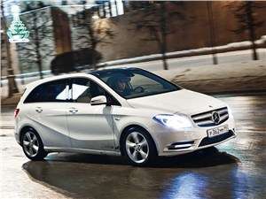 Mercedes-Benz B-Klasse вид сбоку