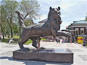 Бабр-мифический тигр-изображен на гербе Иркутска