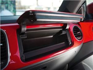Volkswagen Beetle 2013 бардачок открыт