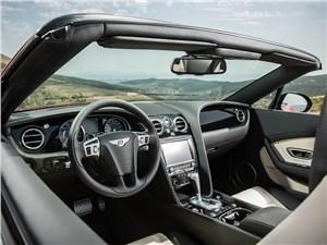 Предпросмотр bentley continental gt v8 s кабриолет 2014 водительское место