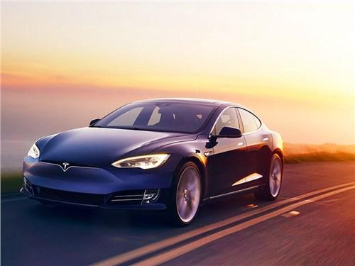 Tesla увеличила запас хода электромобилей из-за урагана «Ирма»
