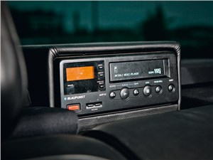 Brabus 7.3S 1998 видеомагнитофон