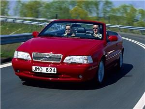 Предпросмотр volvo c70 2001 в кузове кабриолет вид слева спереди в динамике