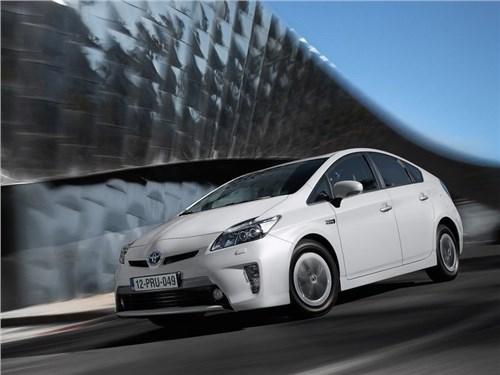 Новость про Toyota - Toyota объявила еще один отзыв из-за подушек безопасности Takata