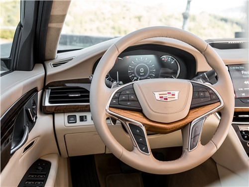 Cadillac CT6 2017 водительское место