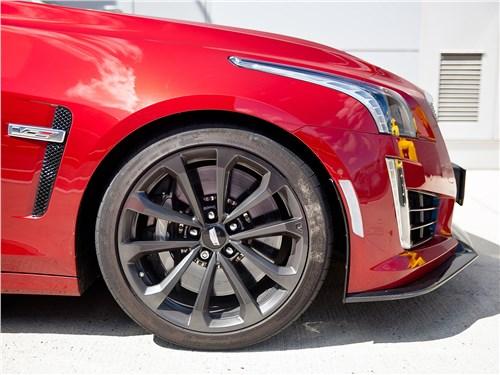 Cadillac CTS-V 2016 колесо