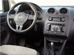 Volkswagen Caddy Edition30 2012 водительское место