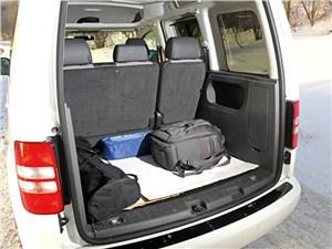 Volkswagen Caddy Edition30 2012 багажное отделение